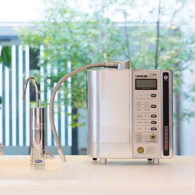 Tên chính thức của máy là máy lọc nước Kangen SD501 Platinum