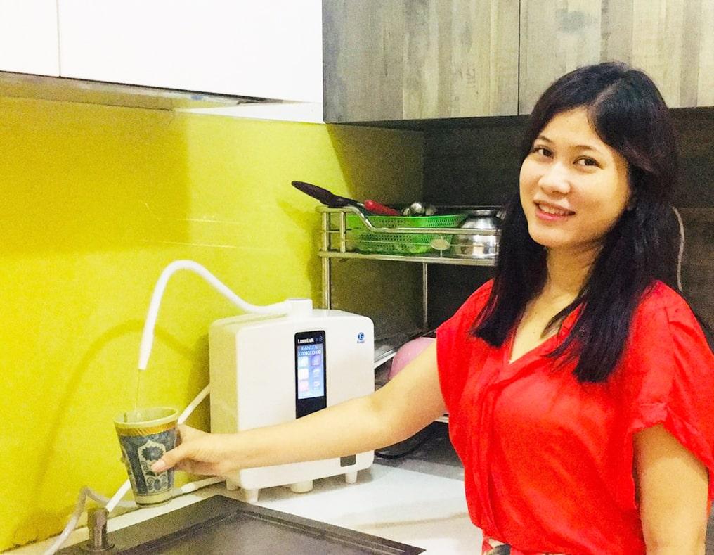 Hình thực tế máy lọc nước điện giải ion kiềm Kangen K8 từ khách hàng