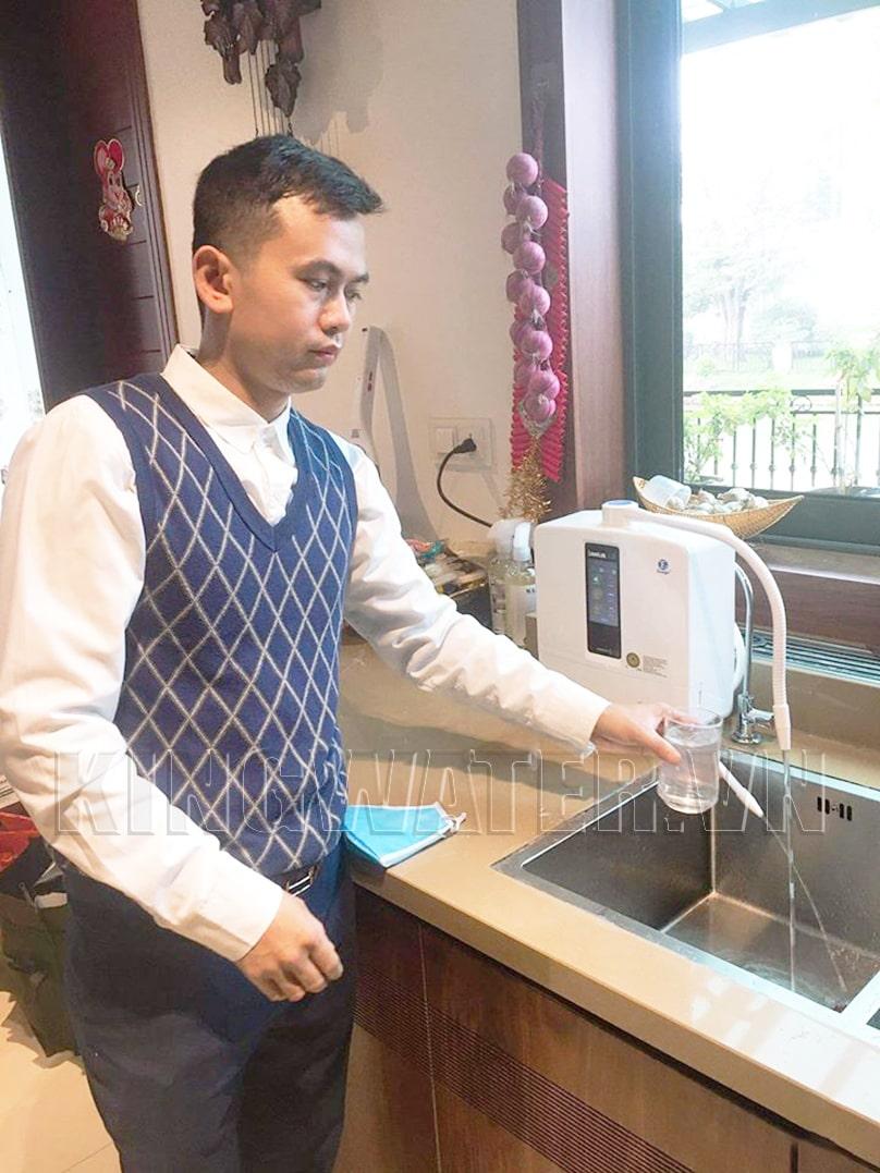 Hình ảnh thực tế máy lọc nước điện giải ion kiềm Kangen K8