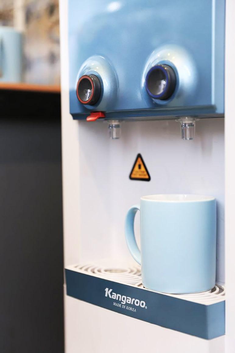 Máy lọc nước Kangaroo KG48 được thiết kế rất tỉ mỉ đường nét hài hòa