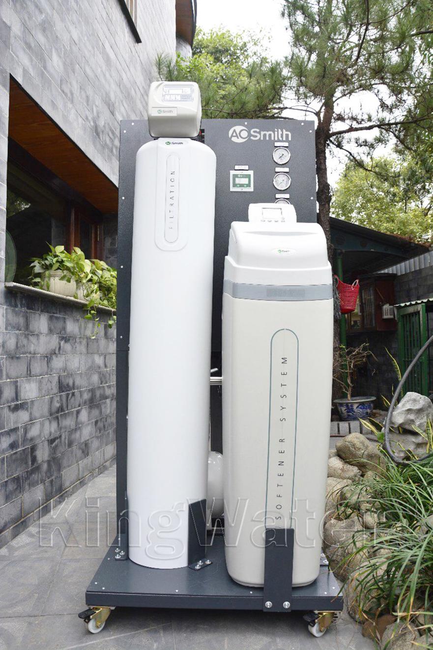 Quá trình lắp hệ thống lọc nước tổng AoSmith LS03U